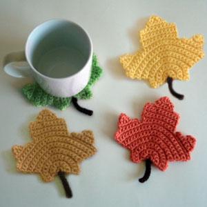 crochet-maple-leaf-coasters