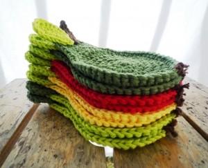 full_9367_66660_CrochetGreenPearCoasters_3