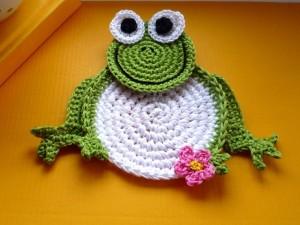 full_957_45535_CrochetFrogCoastersPatternDIY_1