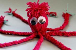 2012-10-08_coppola_diy-doll-crafts-for-kids-octopus-yarn-doll