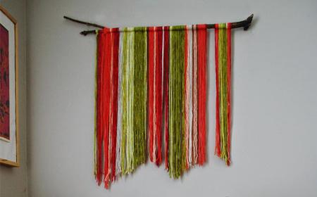Decoración con tiras de lana