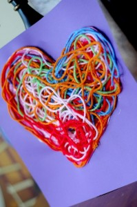 yarn-heart-decoration-433x650
